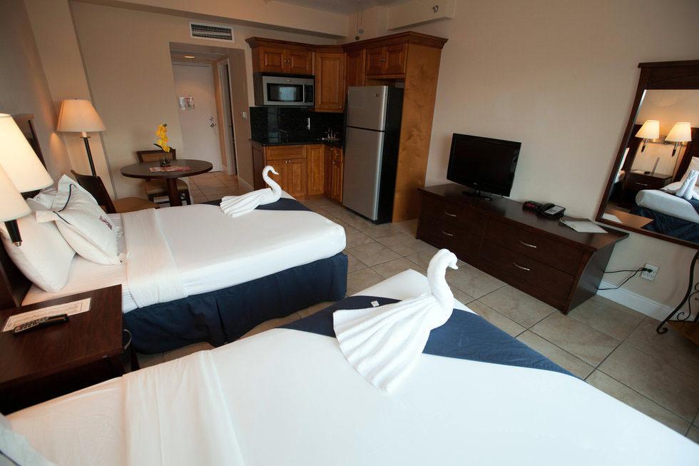 casa-blanca-room-7