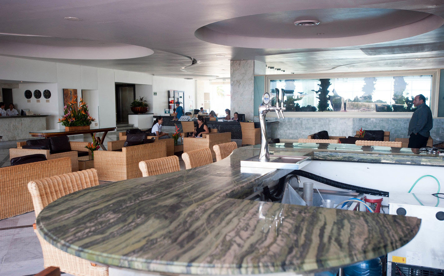 lobby-v4388195